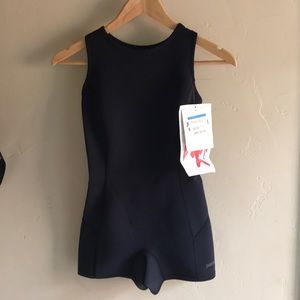 Patagonia r1 Jane Black swimsuit wetsuit size 8